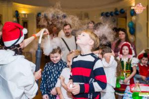 Яркое новогоднее представление для детей, научное шоу на новый Год